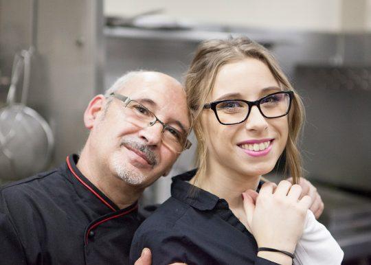 Chef Julio y Heras y su equipo de profesionales