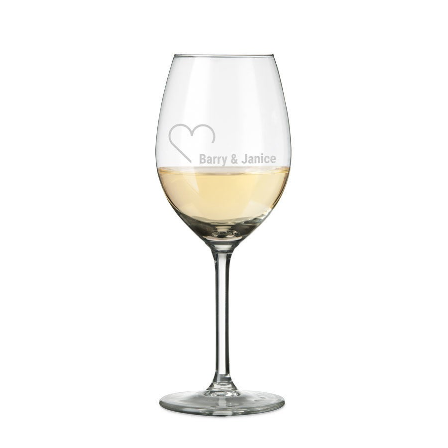 https://www.yoursurprise.es/regalos-de-cocina/cristaleria-grabada/copas-de-vino-personalizadas/copas-de-vino-blanco-personalizadas
